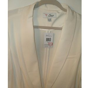 🆕GUESS Ivory Blazer Jacket