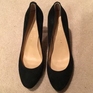 Ivanka trump green suede heels