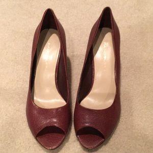 Bandolino brown heels snakeskin pattern