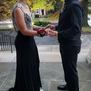 Stunning black gown