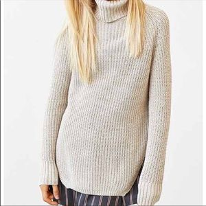 Silence & Noise Turtleneck sweater sz XS