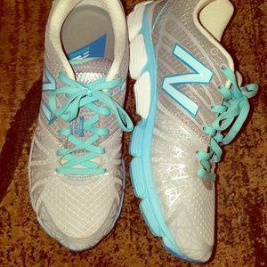 👟 New Balance 890 Running Shoes 👟