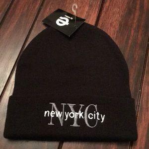 Black NYC hat