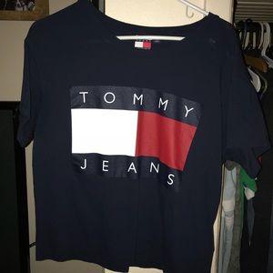 Tommy Crop top