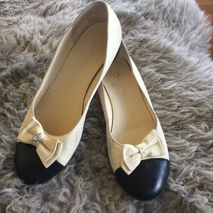 Chanel cap toe two tone flats bow ballerina 38.5