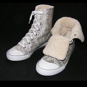 Authentic Coach Shearling lined Hi Top sneakers