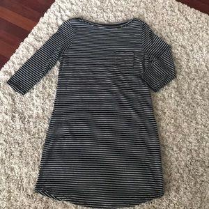 Gap black and white stripe dress size M