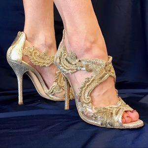 Gorgeous Oscar de la Renta High Heel Shoes