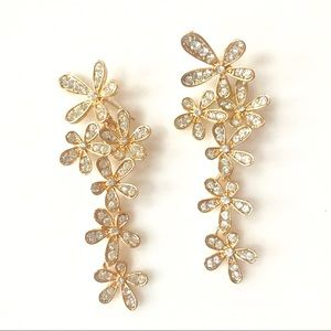 Gorgeous gold plate & crystal earrings