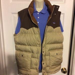 Patagonia men down vest  size - XL.