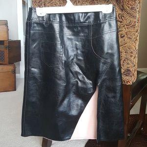 Ferre (Designer) Black Leather & Pink Suede Skirt
