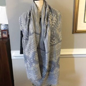 Sky/light blue scarf with pattern