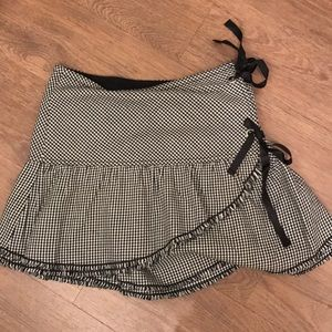 Gingham skirt size 3