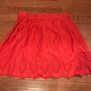 Coral skirt with lace detail