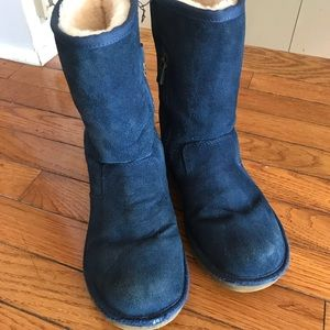 Girls blue Ugg boots. Size 3