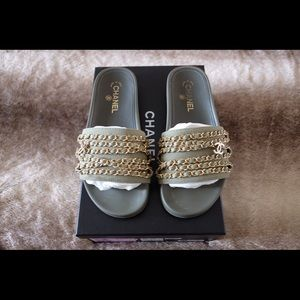 Authentic Chanel Tropiconic Khaki Chain Mules 39/8