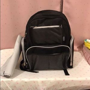 Graco Gotham Diaper BackPack Like New!