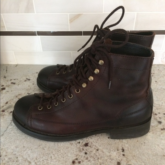 17b2e8a8dca ⬇️AEO Men's leather hiking boots size 13