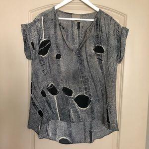 Aryn K black & cream silky blouse