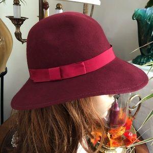 Vintage LANCASTER Burgundy Cranberry Wool Hat