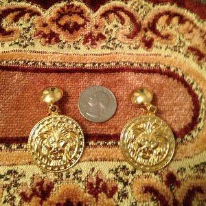 Lionshead clip on earrings