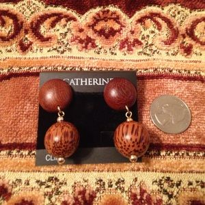 Catherines Clip on wood ball earrings