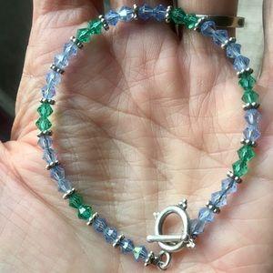 Jewelry - Pretty crystal bracelet!  💗