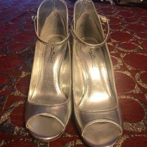 Anne Michelle Silver Shoes