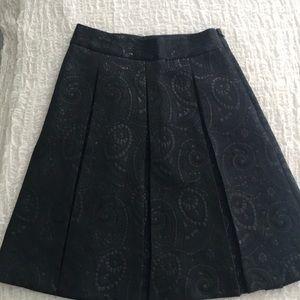 Banana Republic Black pleated swing skirt size 0