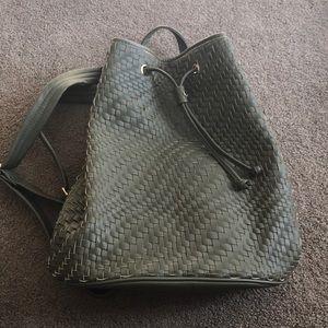 Deux Lux woven back pack