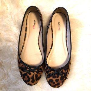 JustFab Leopard Flats Sz 11!