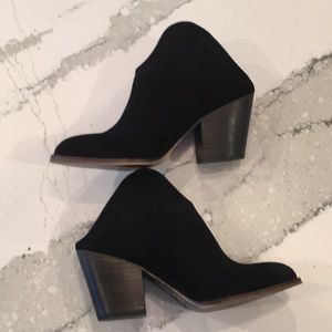 Chinese Laundry NEW Mule Booties