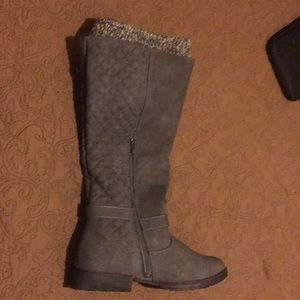 Grey knee high boots, size 11, brand new