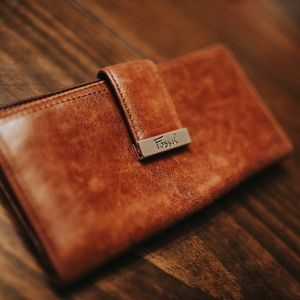 FOSSIL 100% Leather Wallet