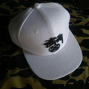 STUSSY Logo All White Snapback