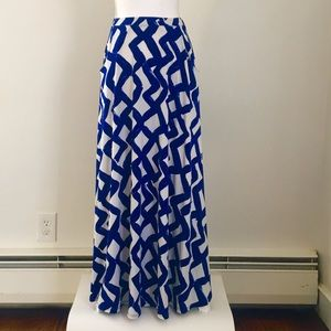 NWOT Leota Gathered Maxi Skirt in jersey