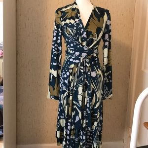 NWOT Issa London faux wrap dress.