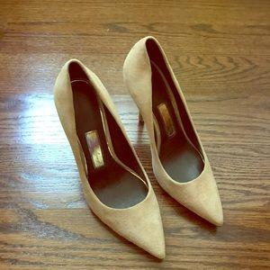 boutique 9 tan stilettos