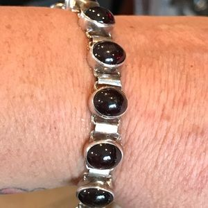 Jewelry - Rodalite Garnet and silver bracelet cabochon cut.