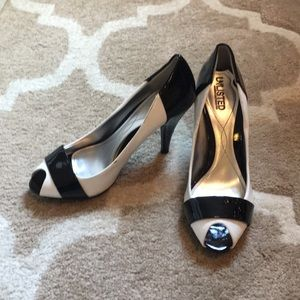 Unlisted by Kenneth Cole Heels