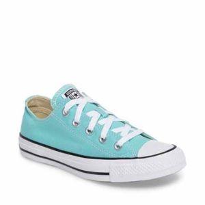 All Star Converse ⭐️ Aquamarine Women's size 9