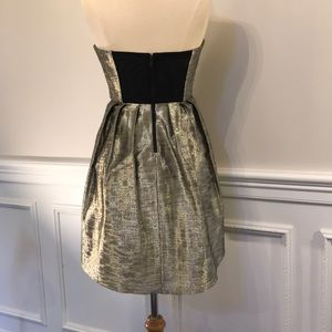 NWOT Alice And Olivia Gold Metallic Cocktail Dress