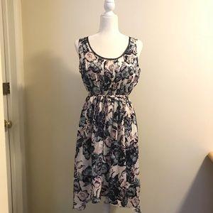 Vera Wang Sleeveless Dress