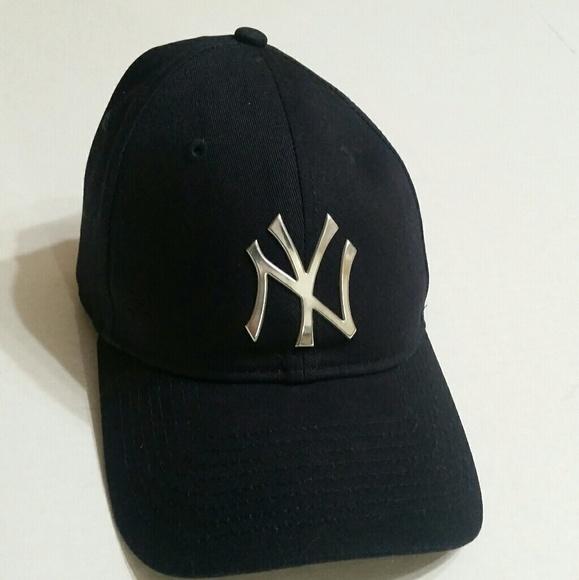 b6a6b507cf363 New york yankees new era 9TWENTY navy hat