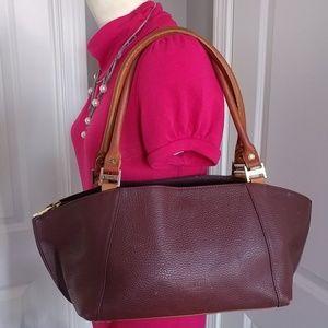 🎉HP🎉 Valentina VTG Leather Bag