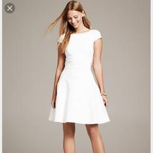 Banana Republic White Fit and Flare Dress 6p