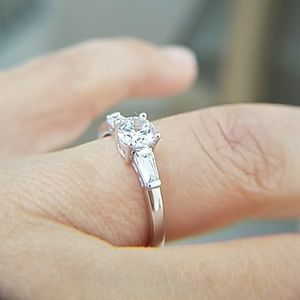 14k Solid White Gold Engagement 0.40ct center ston