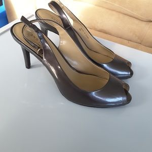 Size 8 Ann Taylor peep toe sling backs