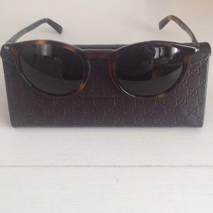 Authentic Gucci Women's 🕶 Sunglasses