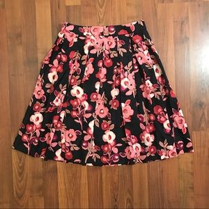 "Kate Spade ""Shadow Buds"" Pleated Skirt {6}"